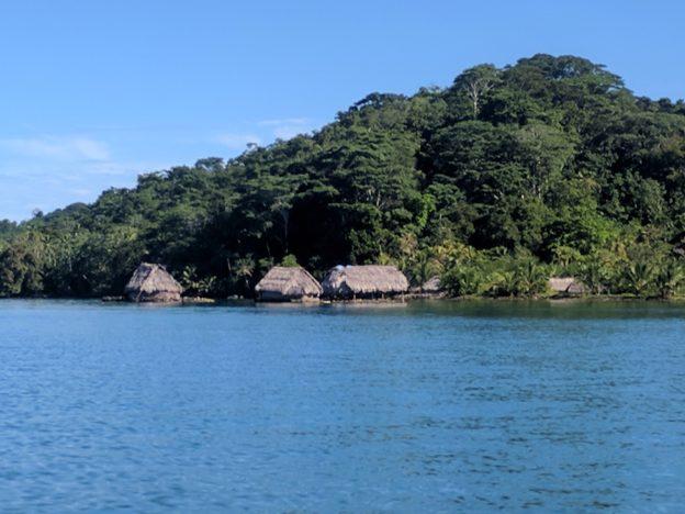 Puerto Escoses Huts