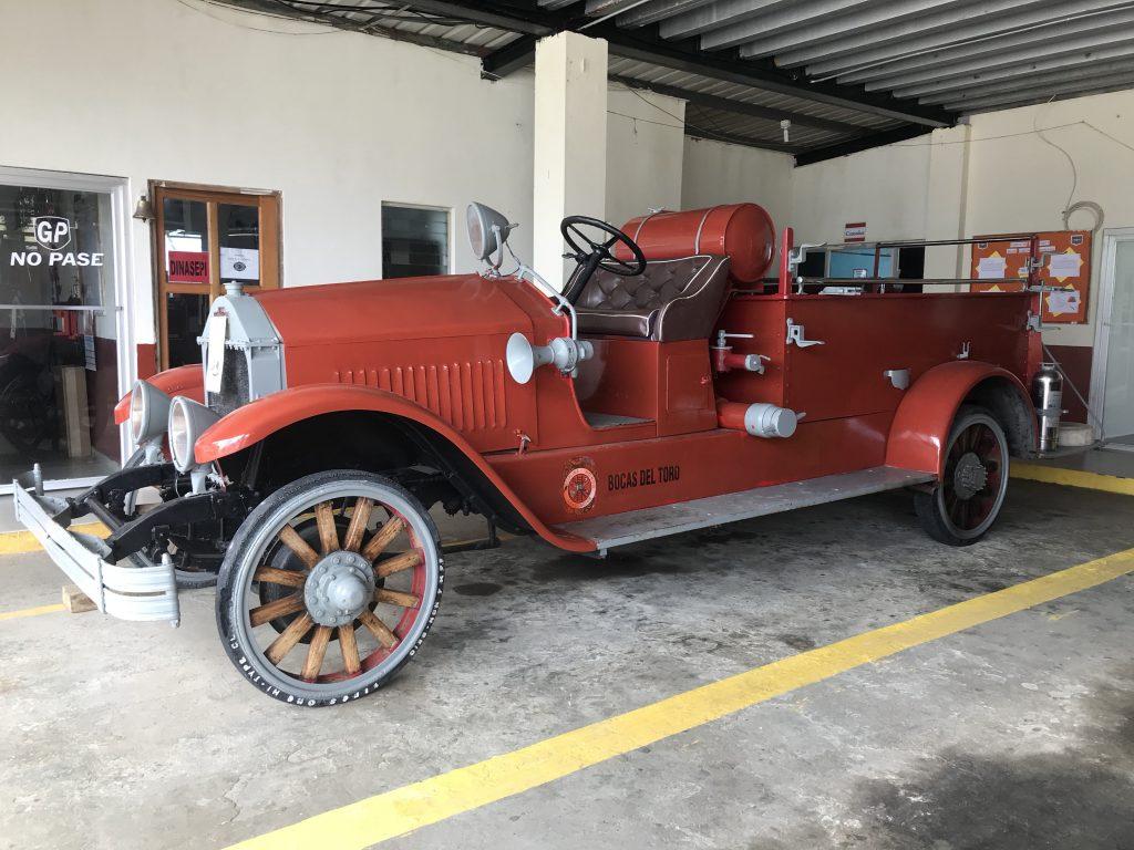 1900 Fire truck.